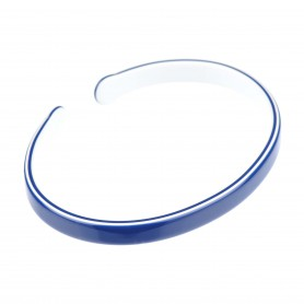 Medium size oval shape Bracelet in Blue and white