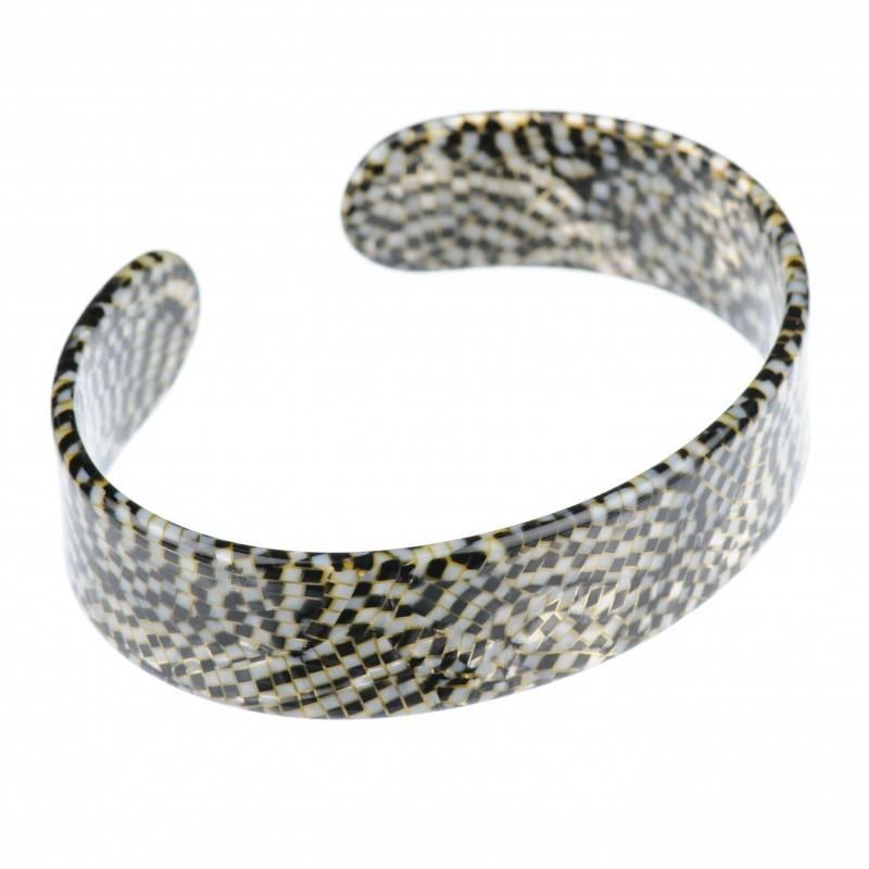 Large size oval shape Bracelet in Opera shiny finish