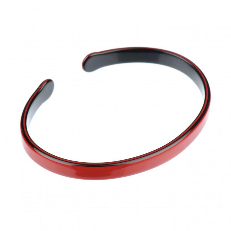 Medium size oval shape Bracelet in Marlboro red and black shiny finish